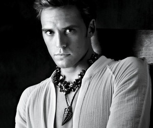 finnick odair, catching fire, and hunger games image