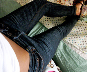 jeans, skinny, and legs image