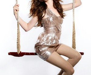 Anne Hathaway, circus, and fashion image
