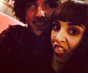 oliver sykes and hannah snowdon image