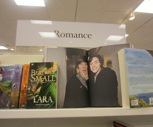 romance, one direction, and larry stylinson image