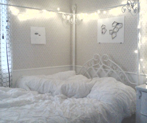 artsy, bedroom, and lights image