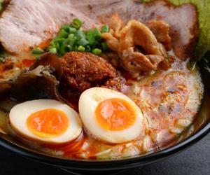 egg, japanese food, and noodles image