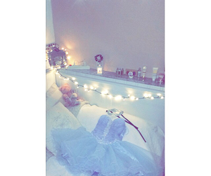 bedroom, Prom, and christmas image