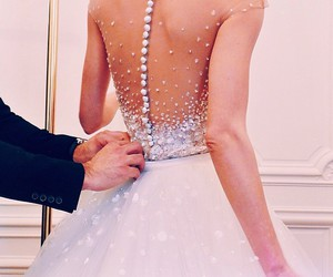 backless, bride, and Haistyle image