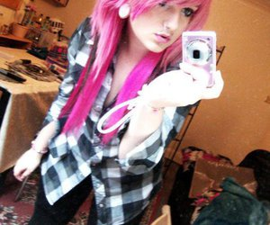 piercing, pink hair, and scene image