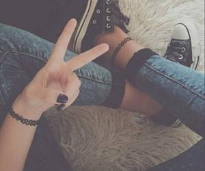 girl, black, and converse image