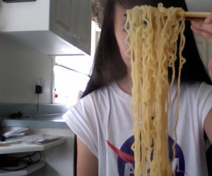 pale, grunge, and noodles image