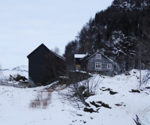 house, mountain, and winter image