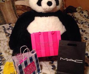 bear, bath and body works, and victorias seret image