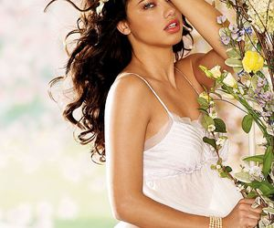 Adriana Lima, hairstyle, and pretty image