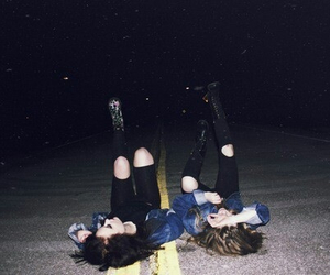 best friends, girls, and grunge image