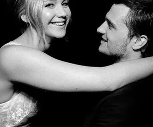 Jennifer Lawrence, josh hutcherson, and hunger games image