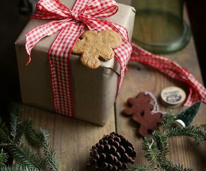 cookie, decoration, and snow image