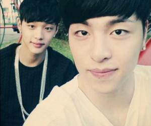 Ikon, junhoe, and jinhyeong image
