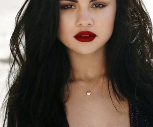 selena gomez, selenagomez, and Queen image