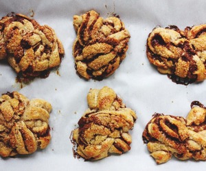 baked goods, baking, and Cinnamon image