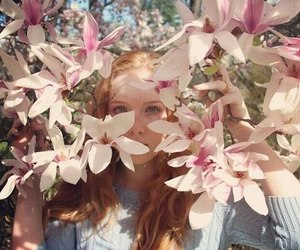 actress, famous, and flowers image