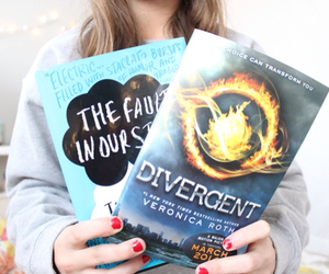 book, divergent, and tumblr image