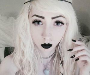alt girl, dyed hair, and scene image