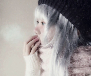 beautiful, 美少女, and cold image
