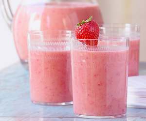 strawberry, pink, and drink image
