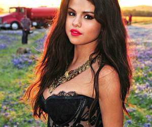 selena gomez, come and get it, and selena image