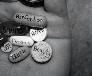 pastillas. image
