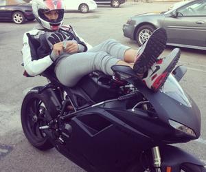 girl and moto image