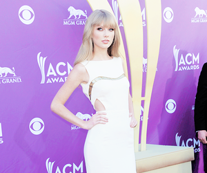 Taylor Swift, beautiful, and singer image