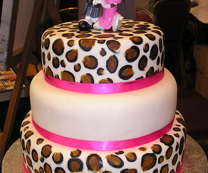 cake, leopard print, and minnie mouse image