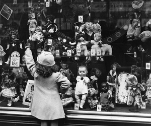 vintage and doll image