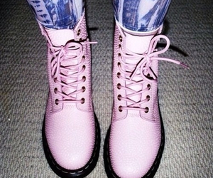 pink, boots, and grunge image