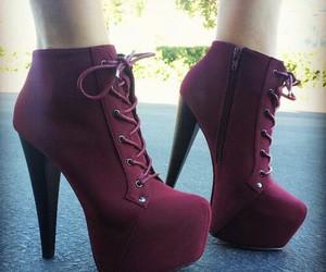 boot, vermelho, and vinho image