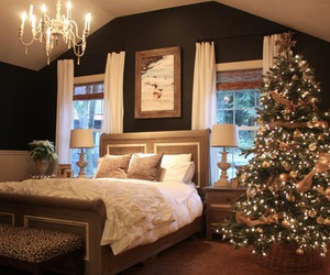 christmas tree and room image