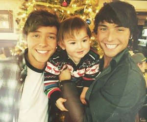 keaton stromberg, wesley stromberg, and baby image