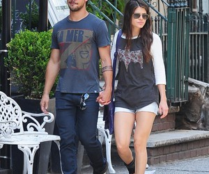 Taylor Lautner and sweet couple image