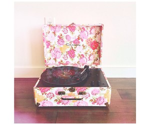 box, flowers, and girly image