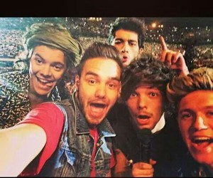 band, 1d, and selfie image