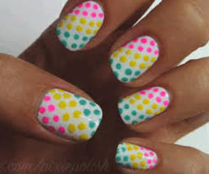 colorful and uñas image