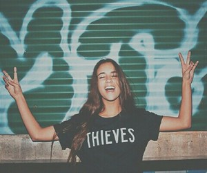 girl, thief, and grunge image