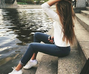 brown hair, grunge, and jeans image