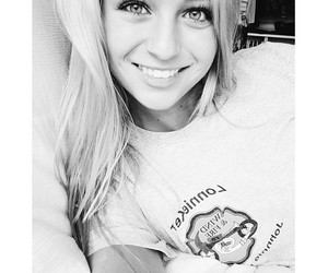 jacy jordan, blonde, and smile image