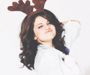 winter icons and selena marie gomez icons image