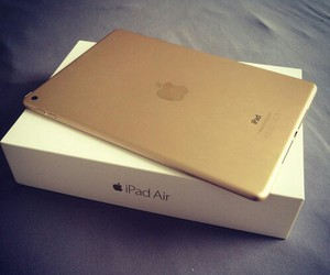 apple and gold image