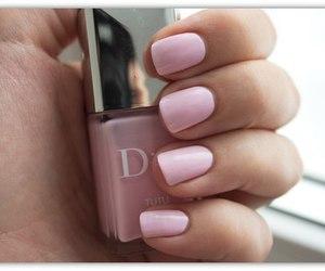 nails, pink, and dior image