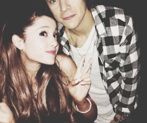 Harry Styles, one direction, and ariana grande image