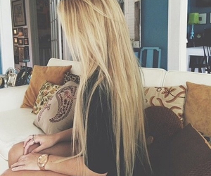 blonde, couch, and hair image