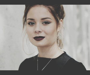 nina nesbitt, make up, and nina image