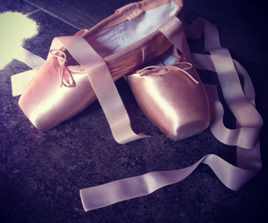 ballet shoes, point shoes, and love dance image